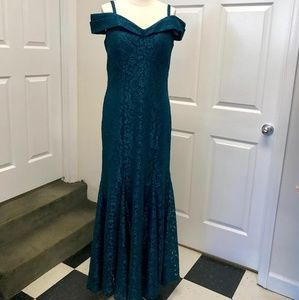R&M Richard's Cold Shoulder Lace Dress
